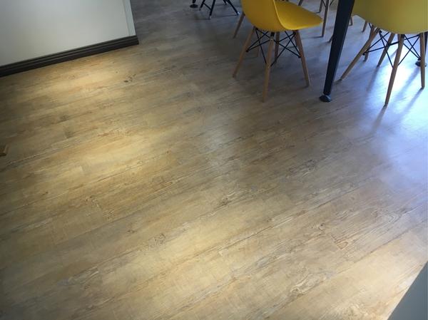 家装pvc地板品牌推荐